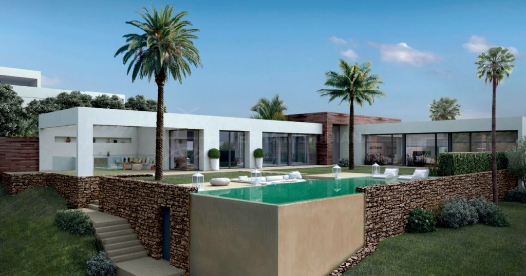 Marbella East, Turnkey project for an elegant 4 bedroom villa, for sale in Altos de Los Monteros, modern architecture with infinity pool sea views