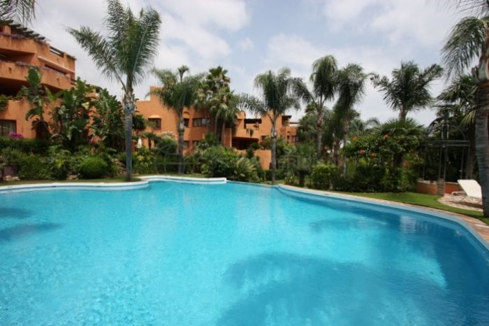 Nueva Andalucia, First floor corner apartment for sale in Vasari Resort, Nueva Andalucia walking distance to Puerto Banus
