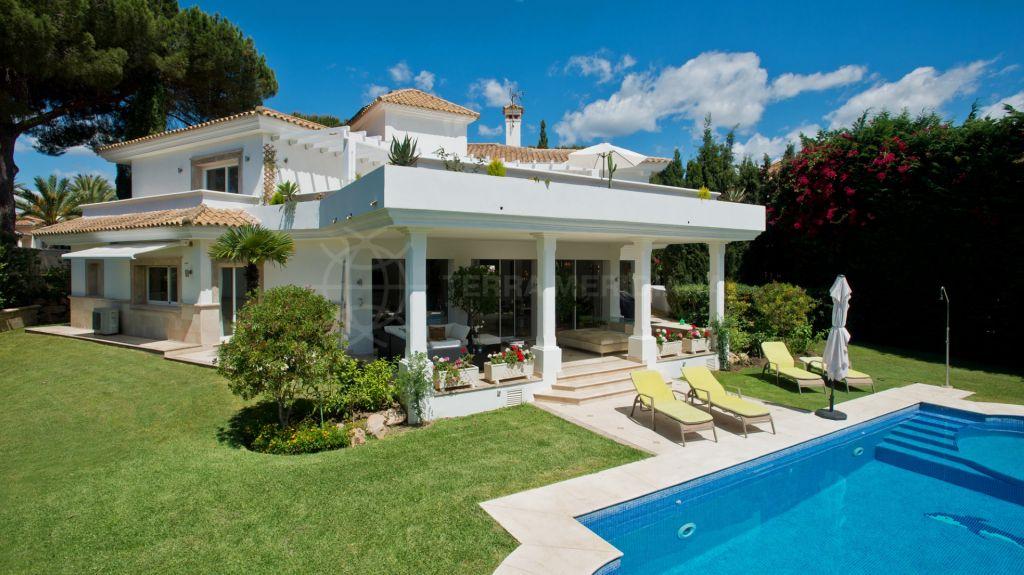 Marbella East, Beautifully reformed villa for sale in La Reserva de Los Monteros, Marbella