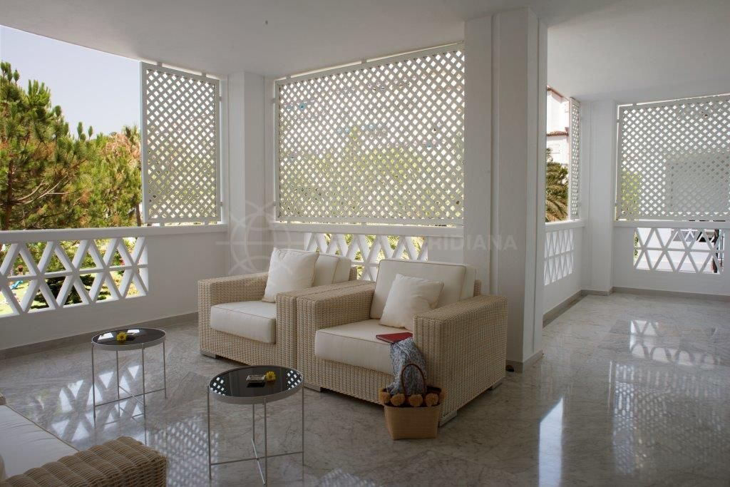 Marbella - Puerto Banus, Stunning middle floor apartment for sale in Playas del Duque, an exclusive residential complex in Puerto Banus, Marbella