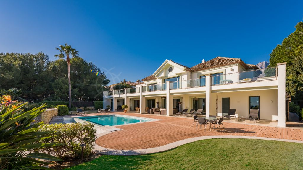 Marbella Golden Mile, Stunning villa with panoramic sea views for sale, Marbella Golden Mile