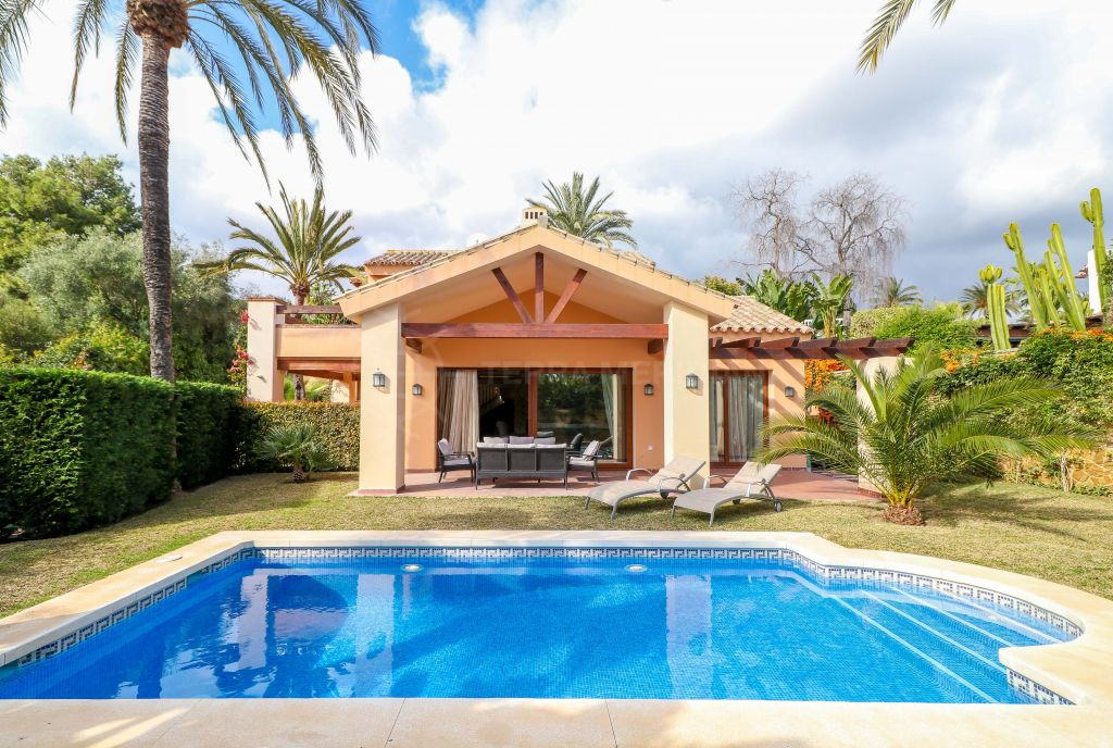 Marbella East, Spacious Spanish style villa with home cinema and sauna for sale 300m from the beach in Marbesa, Marbella East