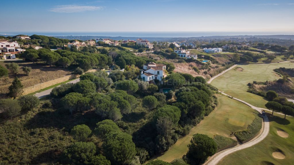 San Roque, Expansive plot for sale in the quiet and scenic neighbourhood of Urb. Sotogrande, San Roque
