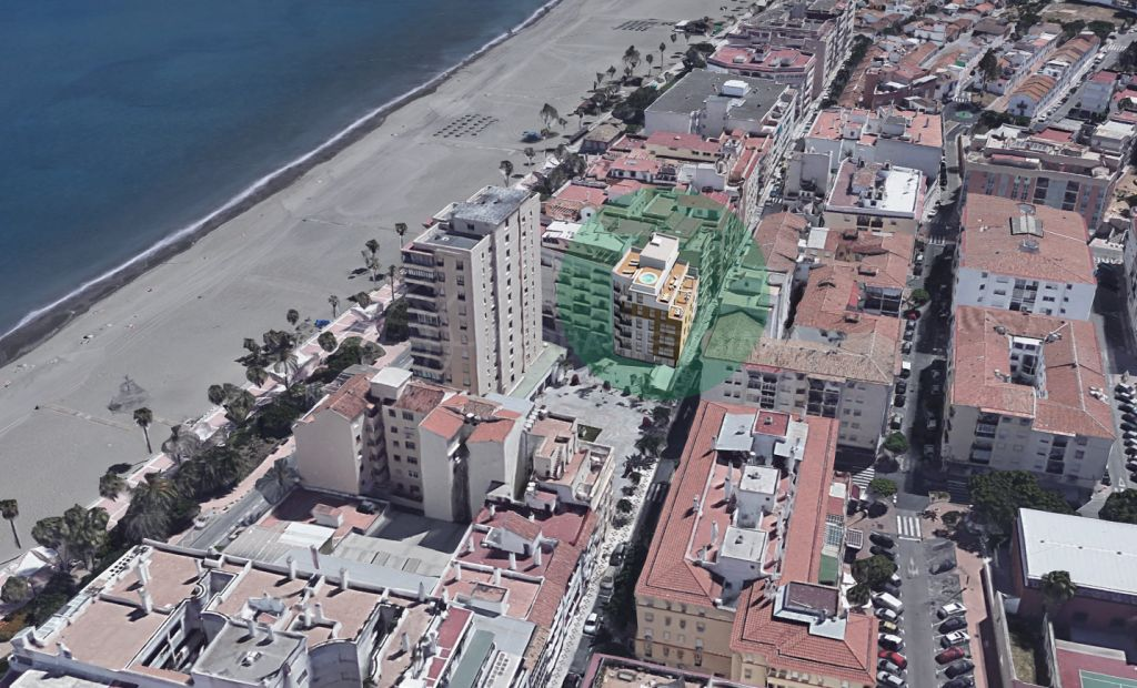 Estepona, Off-plan 2 bedroom fourth-floor apartment for sale in Estepona centre just 50 metres from the beach