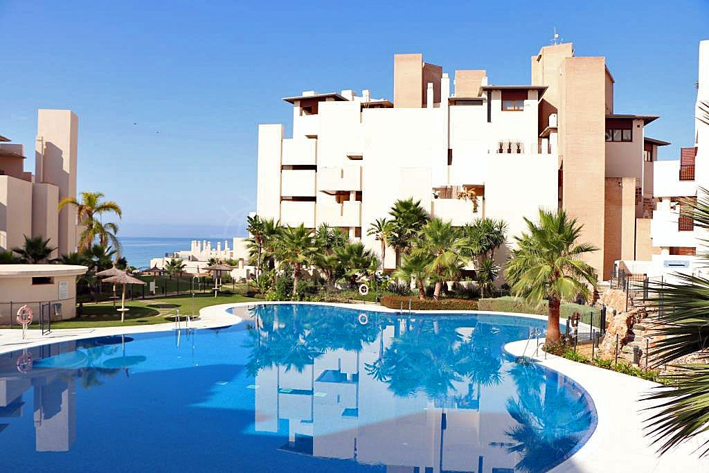 Estepona, Luxury 3 bedroom ground floor apartment for sale in the unique frontline beach development of Bahia de la Plata, Estepona