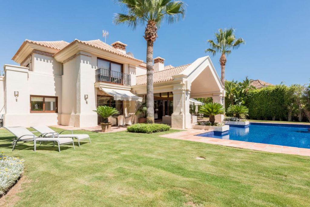 Nueva Andalucia, Magnificent modern villa in a peaceful and private setting for sale in Aloha, Nueva Andalucia, Marbella