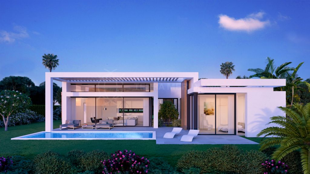 Estepona, Contemporary villa with private salt water pool and sea views for sale in Atalaya, Estepona