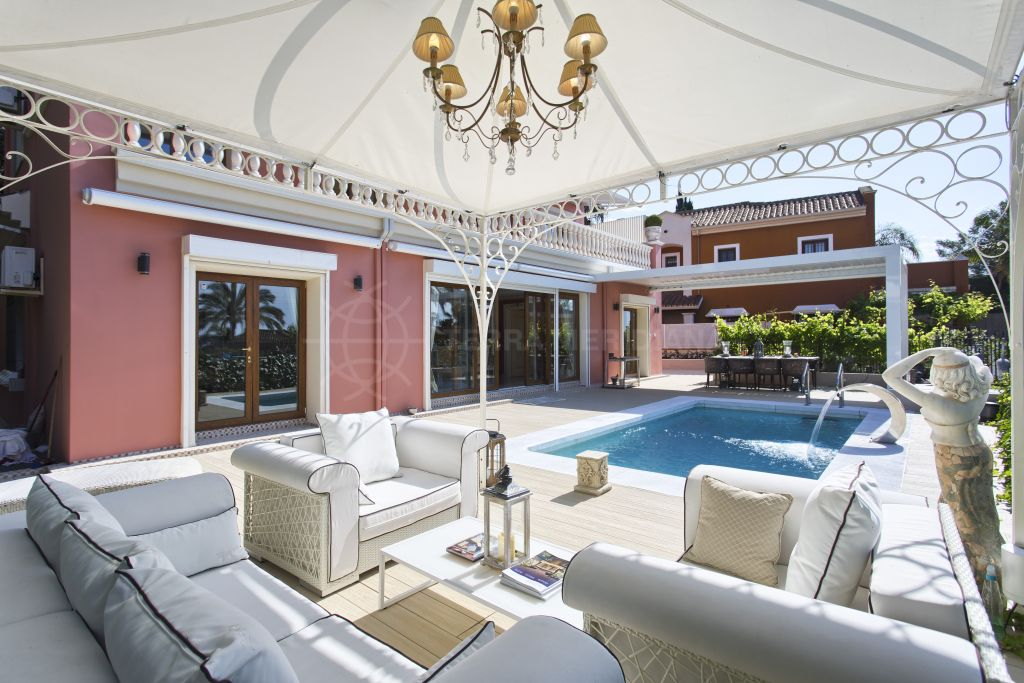 Marbella Golden Mile, Magnificent luxury villa for sale in the emblematic neighbourhood of Rocio de Nagüeles, Marbella Golden Mile