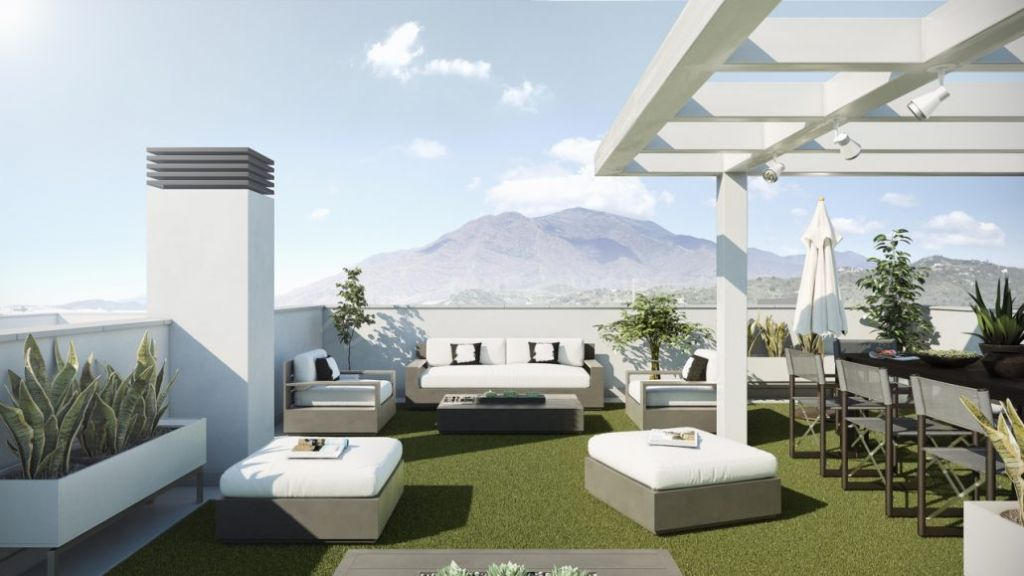 Estepona, 3 bedroom apartment on the 4th floor of a brand new development in Estepona town centre.
