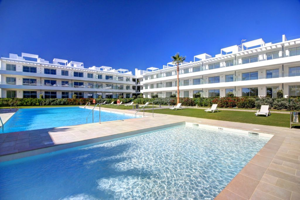 Estepona, Ground floor resale apartment for sale in brand new gated complex of Belaire in Estepona.