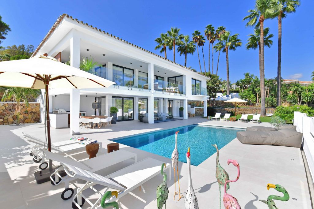 Nueva Andalucia, Beautiful turn key villa for sale in Las Brisas, Nueva Andalucia, Marbella