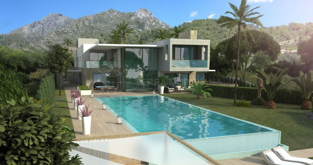 Marbella Golden Mile, Fabulous plot for sale in Cascada de Camojan, Marbella