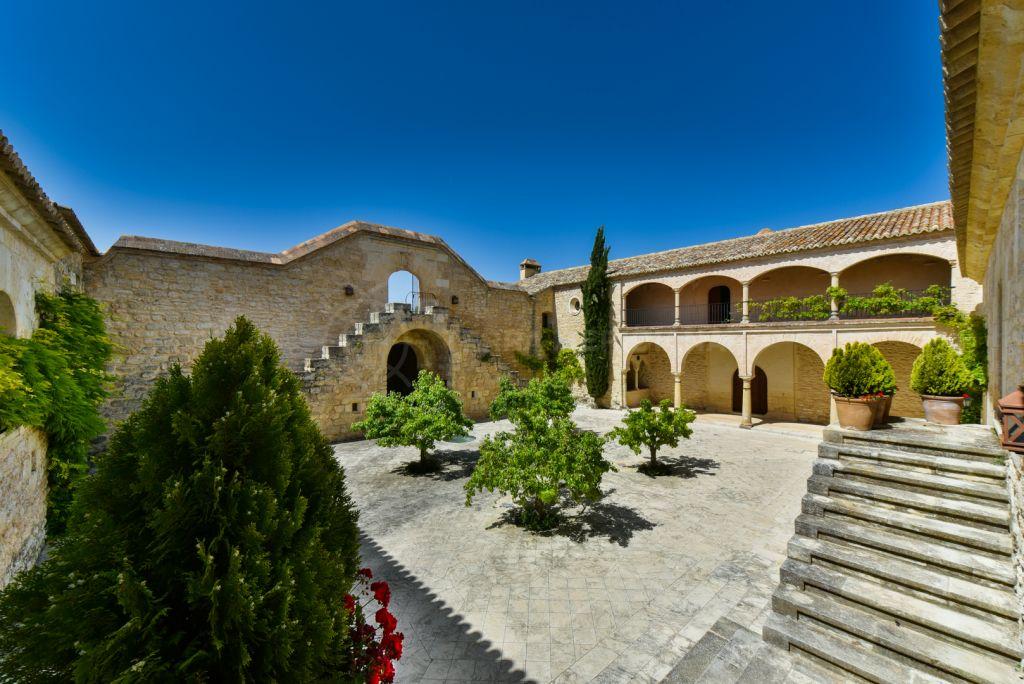 Ronda, Magnificent historic estate for sale in Ronda, Málaga