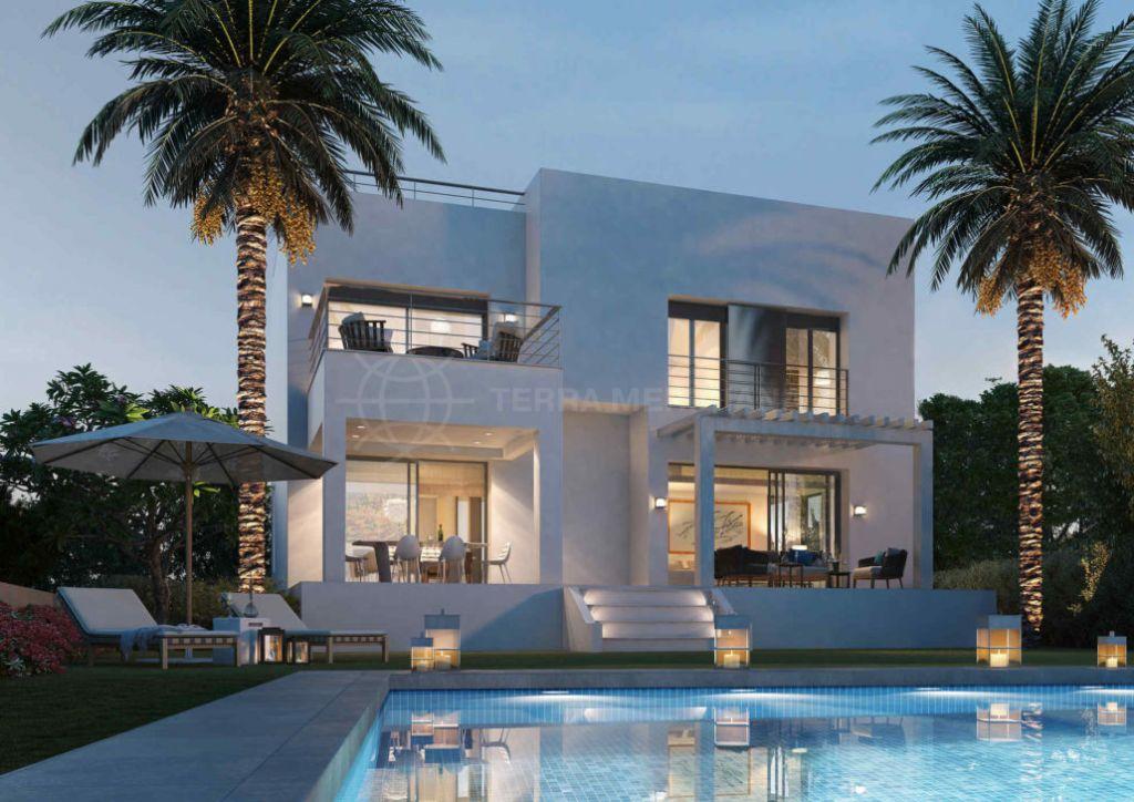 Estepona, Extraordinary contemporary villa for sale in La Resina Golf, Estepona