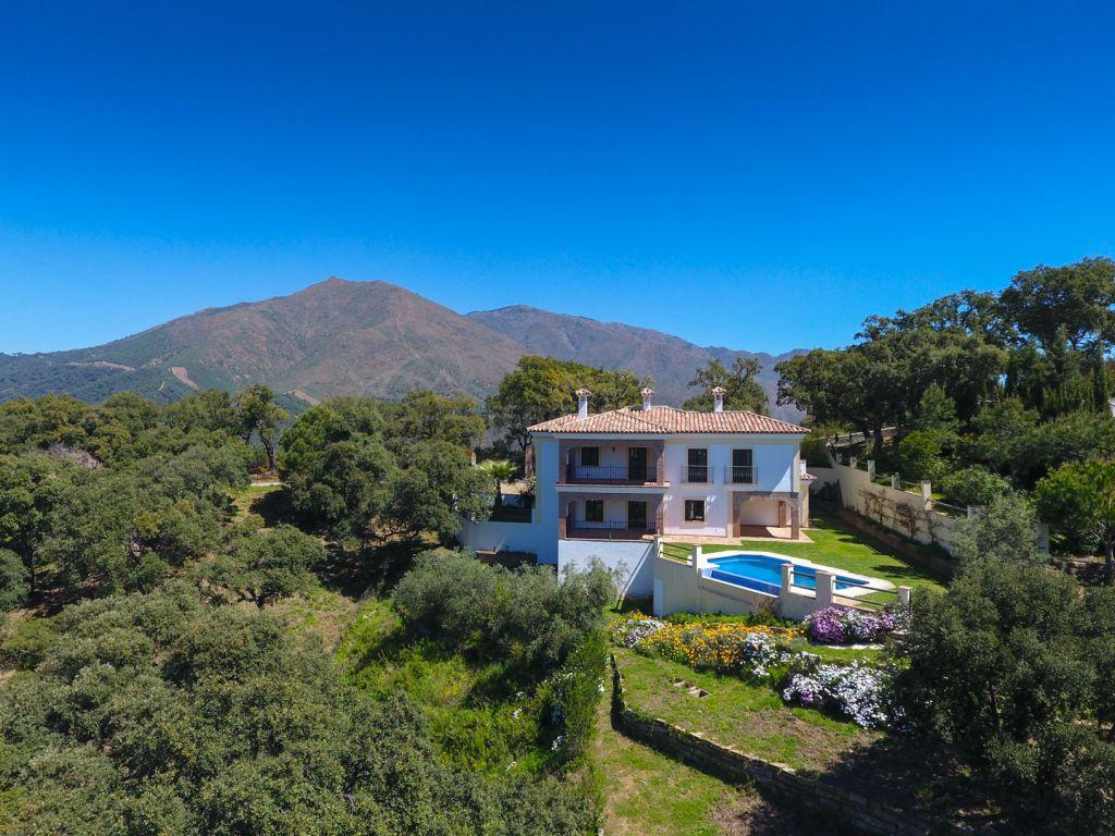 Casares, Wonderful country home for sale in Casares, Málaga