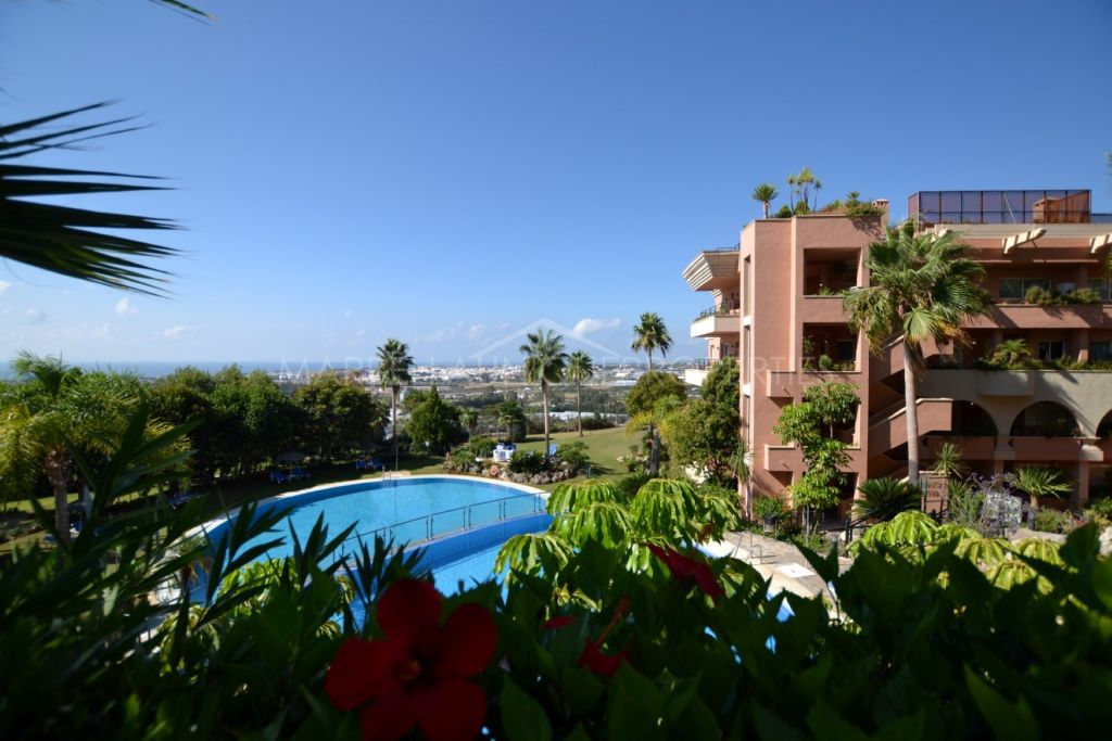 A stunning 2 bedroom apartment in Magna Marbella, Nueva Andalucía