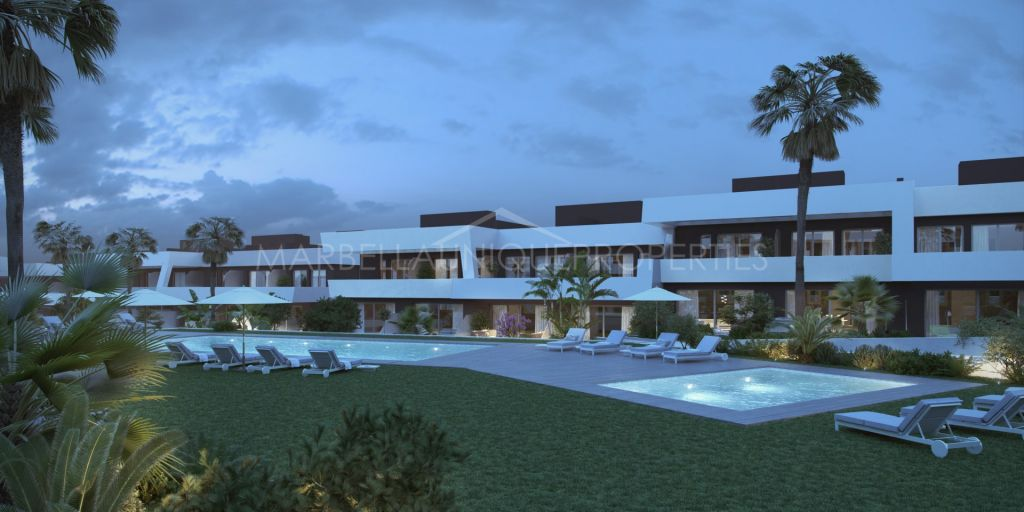 Spectacular modern townhouses project close to the beach in La Cala de Mijas