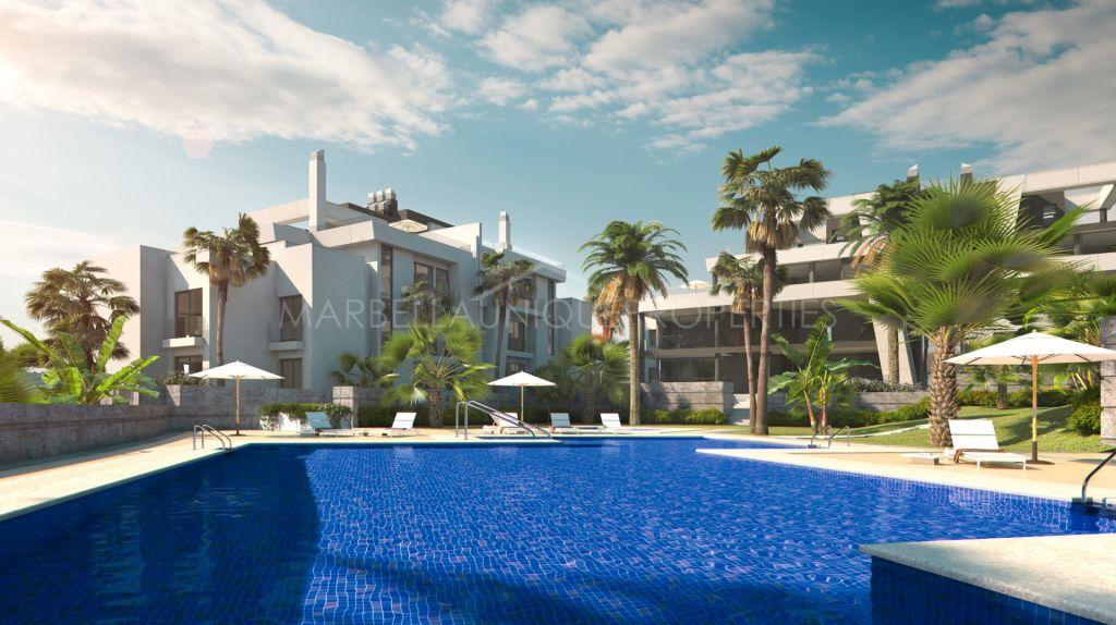 Contemporary apartment with stunning panoramic views