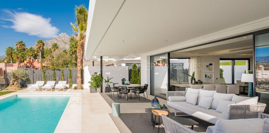 A stunning brand new contemporary villa development on Marbellas Golden Mile
