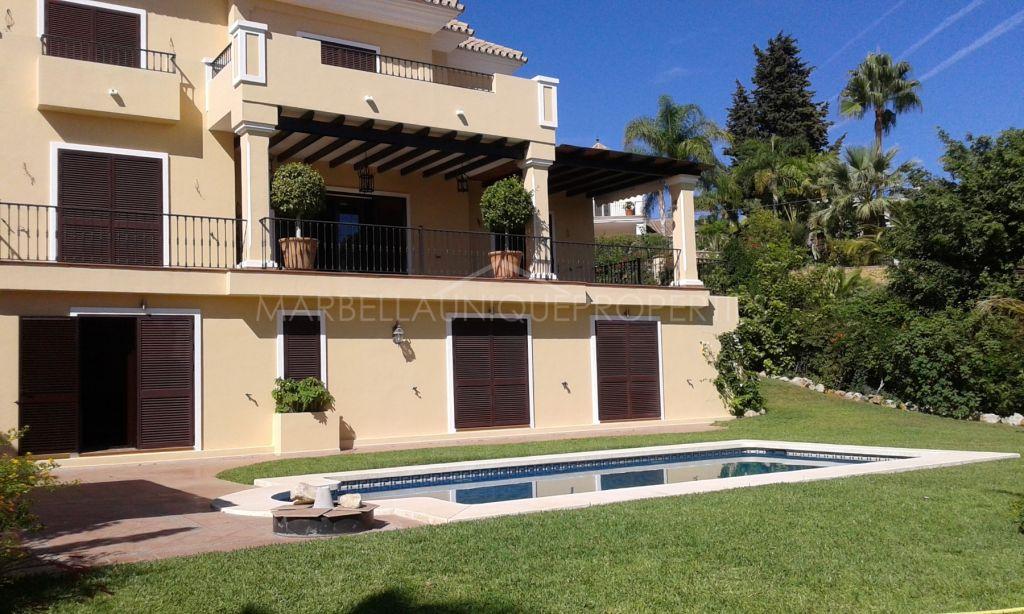 Villa for sale with panoramic views in El Rosario