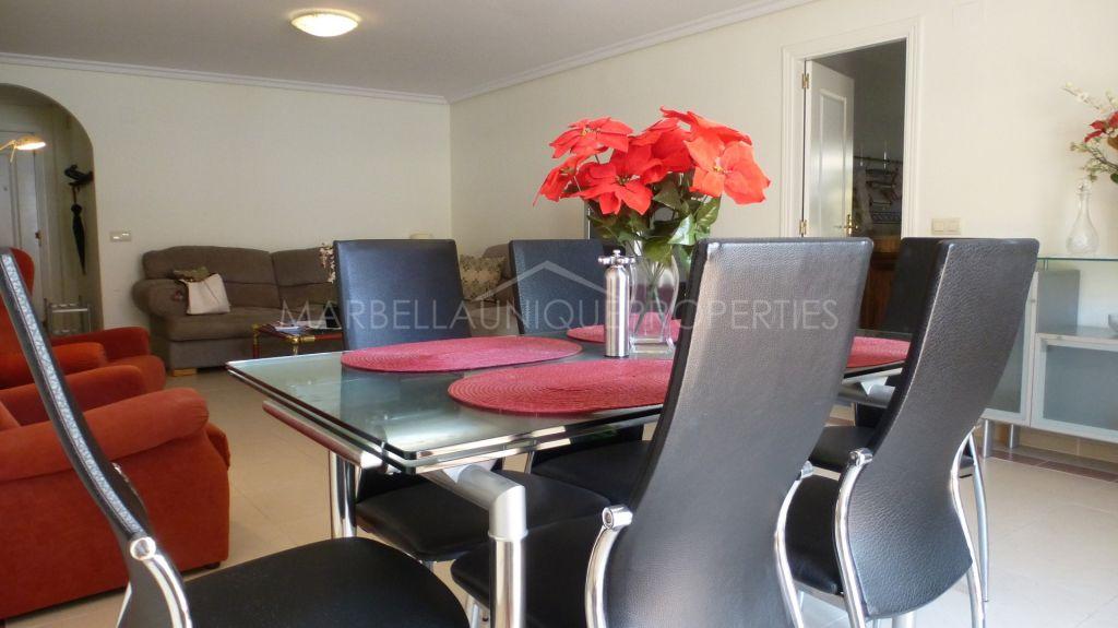 An ideal 2 bedroom apartment in La Maestranza, Nueva Andalucia