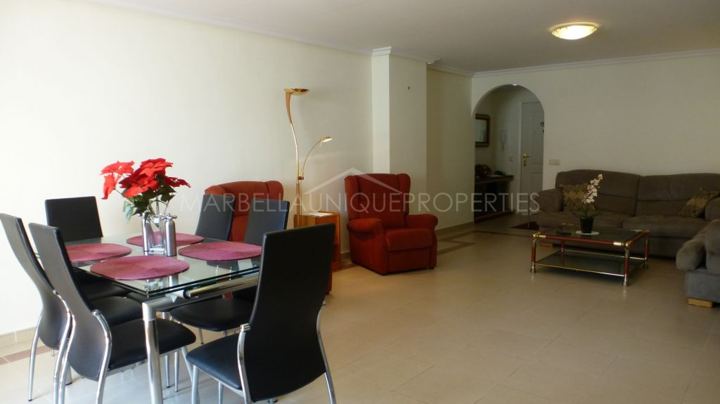 An ideal 2 bedroom apartment in La Maestranza, Nueva Andalucia