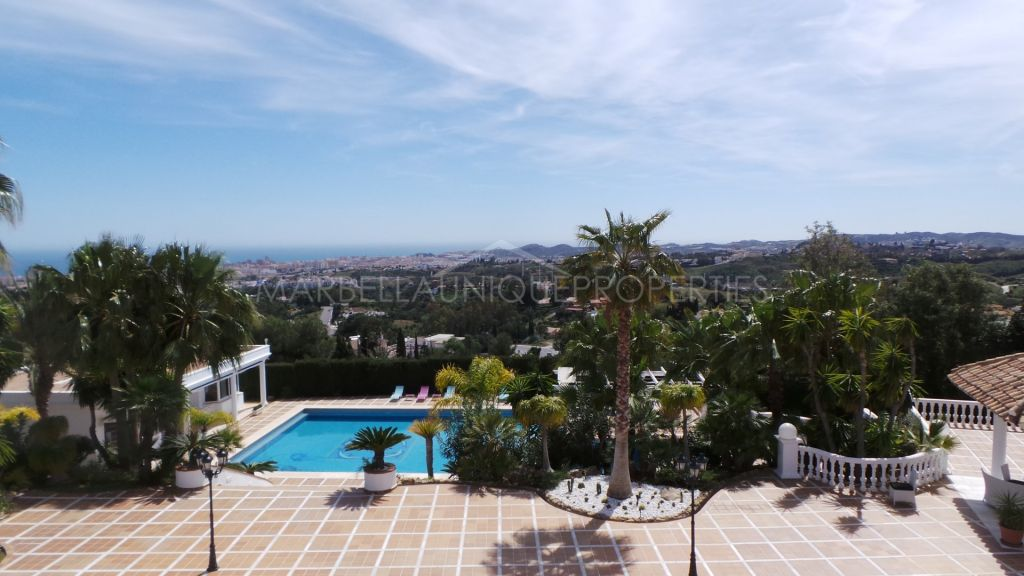 Magnificent villa with panoramic views in Mijas