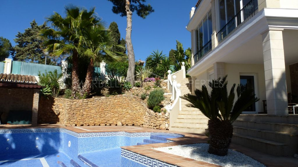 Fabulous villa with amazing sea views in Hacienda Las Chapas