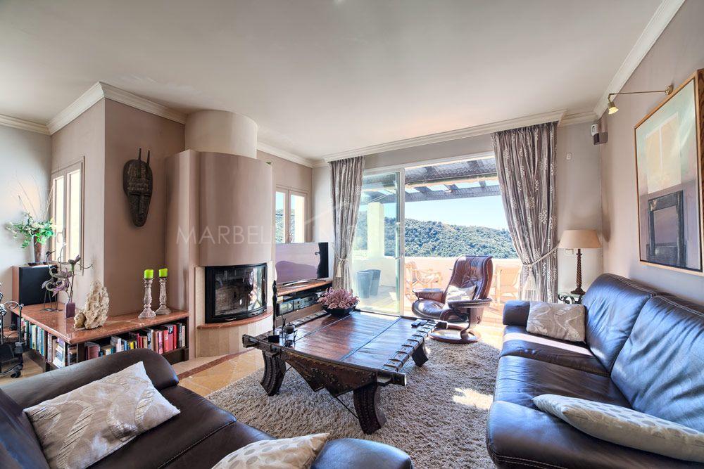 Lovely duplex corner penthouse in Las Lomas de La Quinta