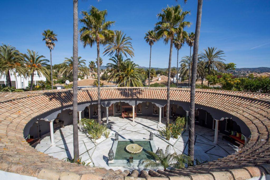 Villa à vendre à Los Monteros Playa, Marbella Est