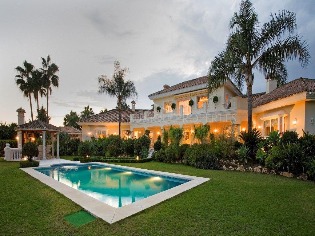 Charming luxury villa in La Cerquilla, Nueva Andalucia