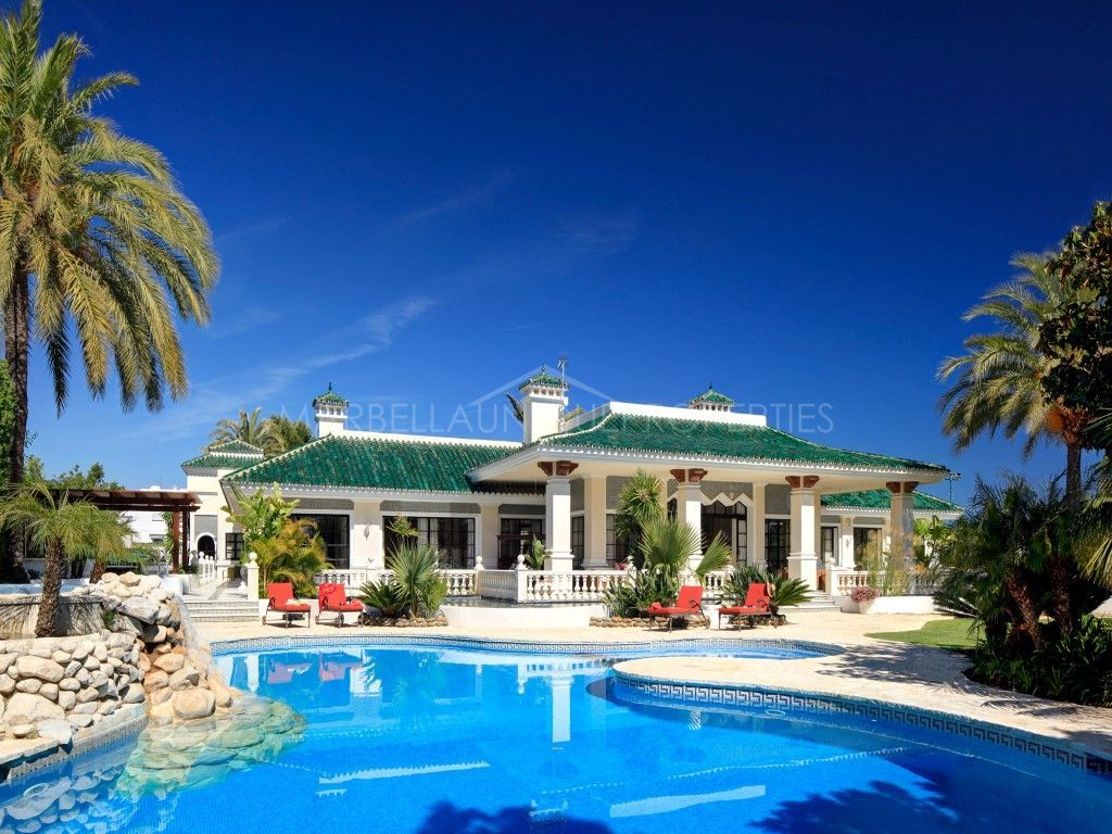 An exclusive and glamorous villa in Nueva Andalucia
