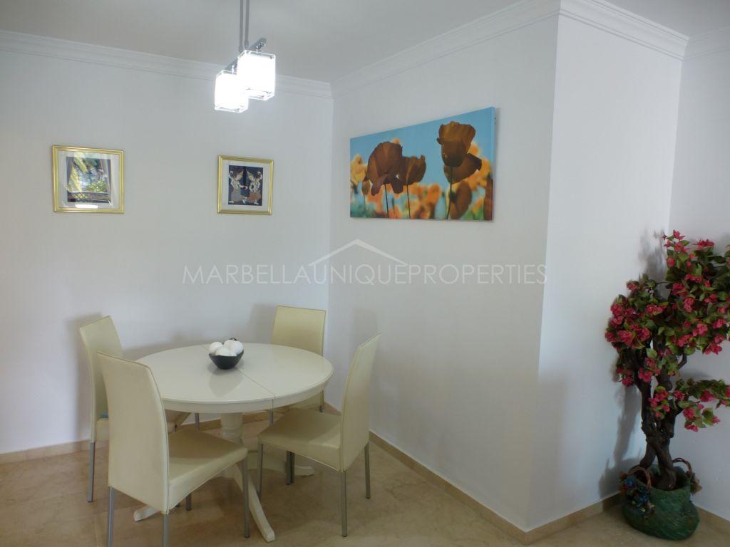 Luminous apartment in Las Terrazas de Banus