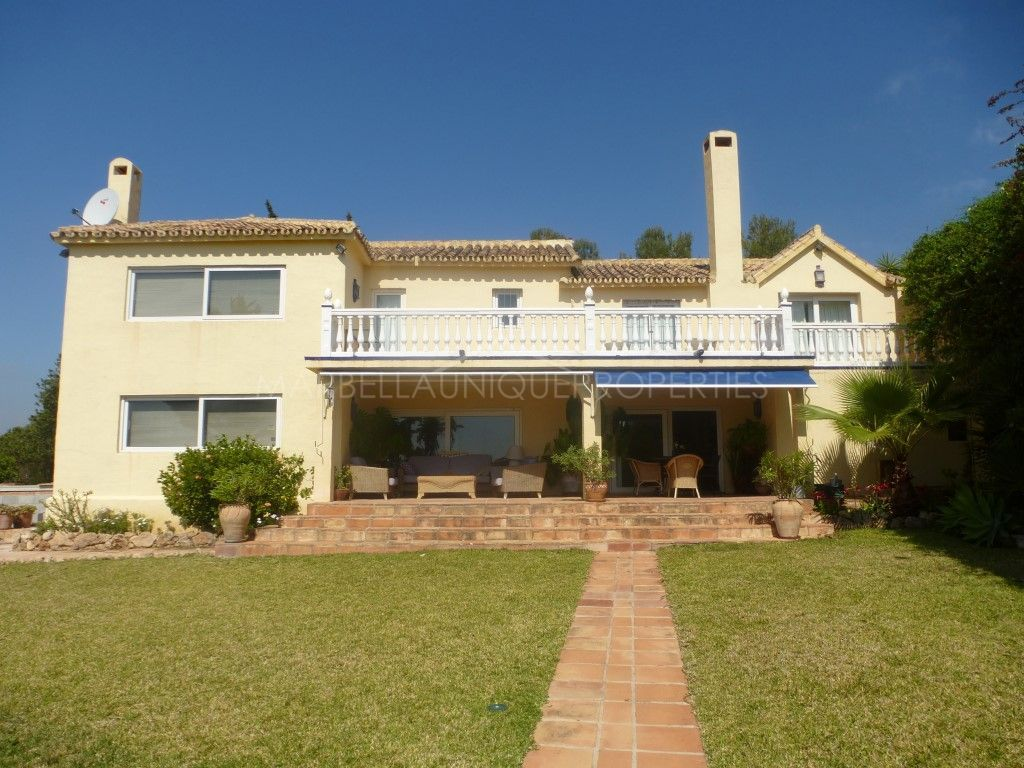 Villa for rent with spectacular views in Marbella