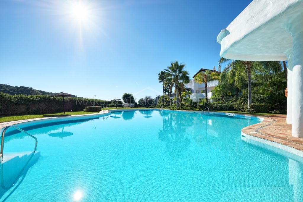 A beautiful and very spacious 3 bedroom apartment in Lomas de la Quinta, Benahavís