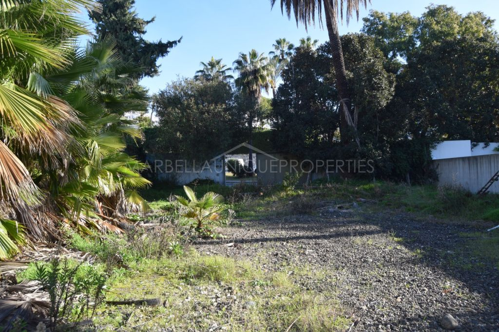 Plot for sale in Nueva Andalucia