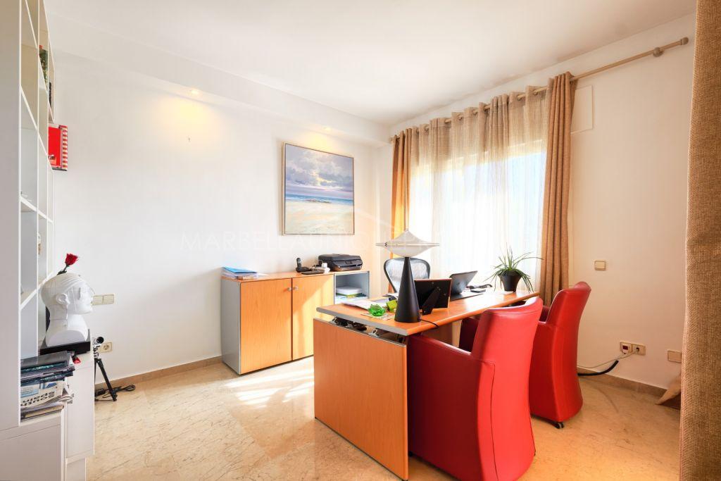 Wonderful 3 bedroom ground floor apartment in Elviria Hills, Marbella East