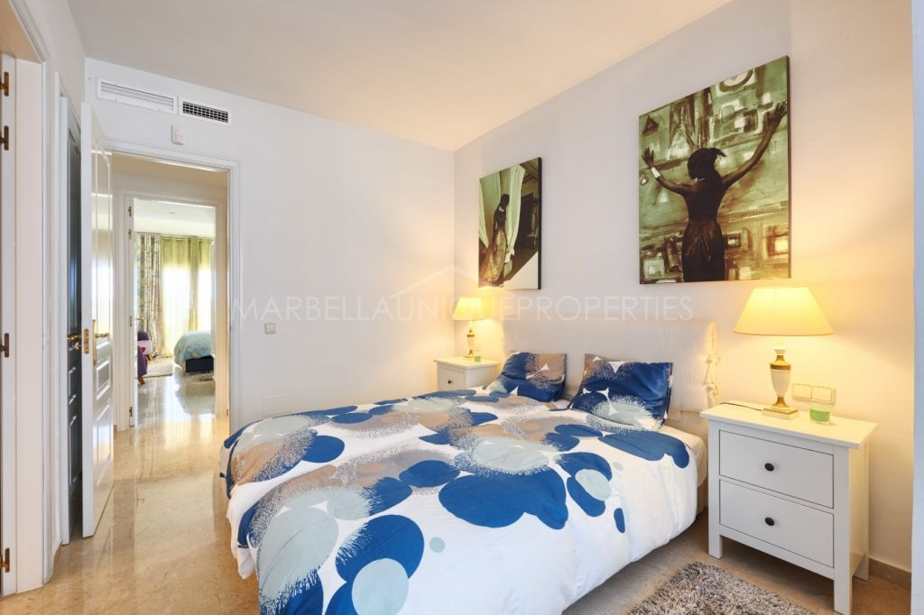 Wonderful 3 bedroom ground floor apartment in Elviria Hills, Marbella East