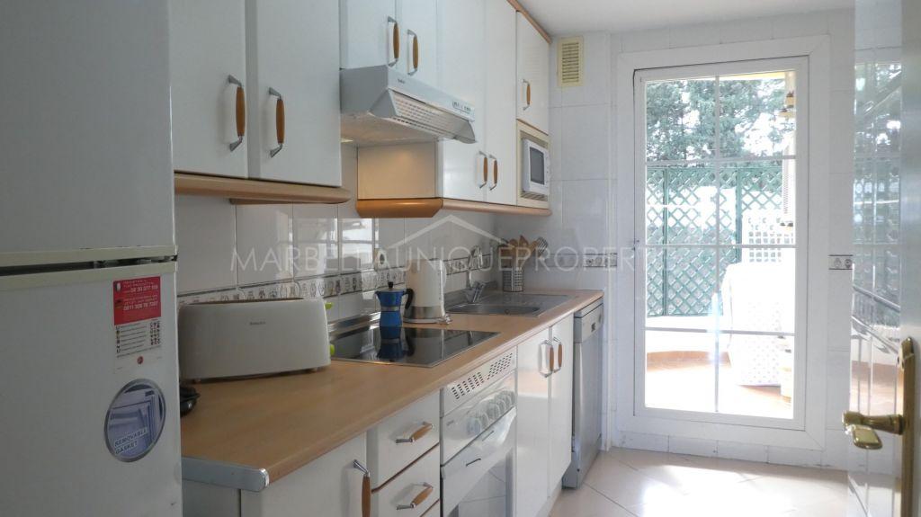 A charming 2 bedrooom apartment in Señorio de Aloha, Nueva Andalucia