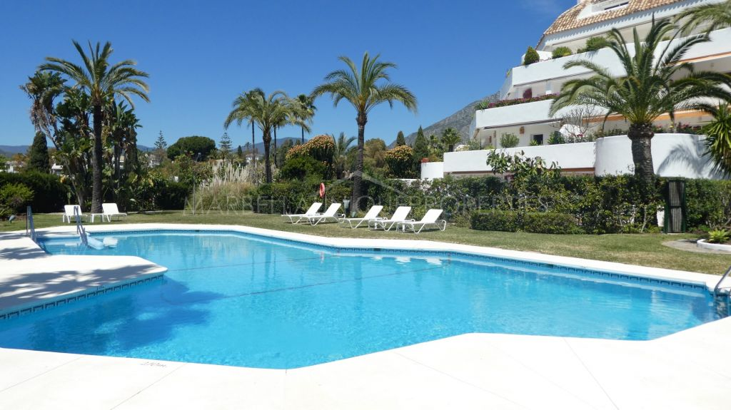 A stunning 2 bedroom apartment in Ancon Sierra IV, The Golden Mile