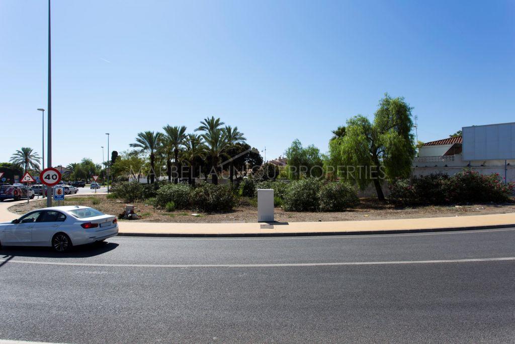 A plot with fantastic location in San Pedro de Alcántara