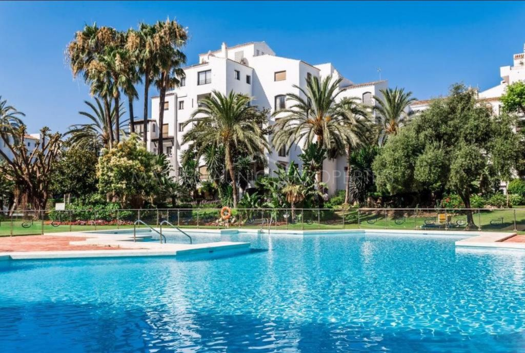 A lovely 3 bedroom ground floor apartment in Jardines del Puerto, Puerto Banus, Marbella.