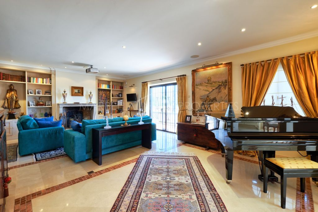 An exceptional property with a great potential on the Golden Mile, Marbella