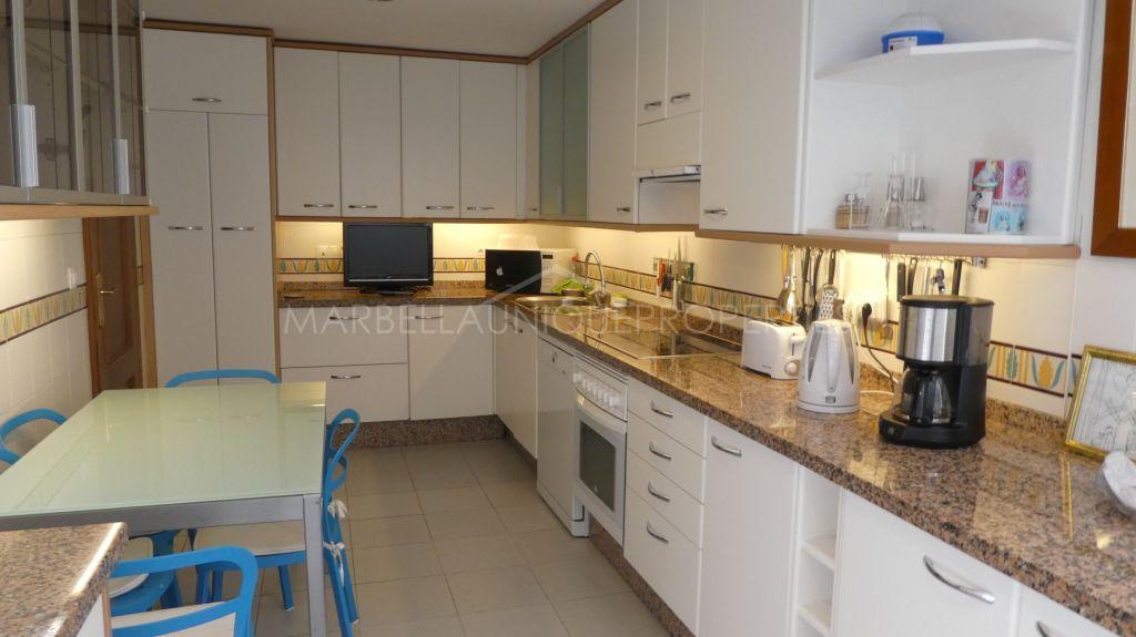 A spacios 3 bedroom apartment in Costalita, Estepona