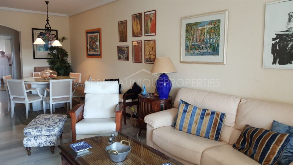 A fantastic 3 bedroom apartment in Medina Gardens, Puerto Banus