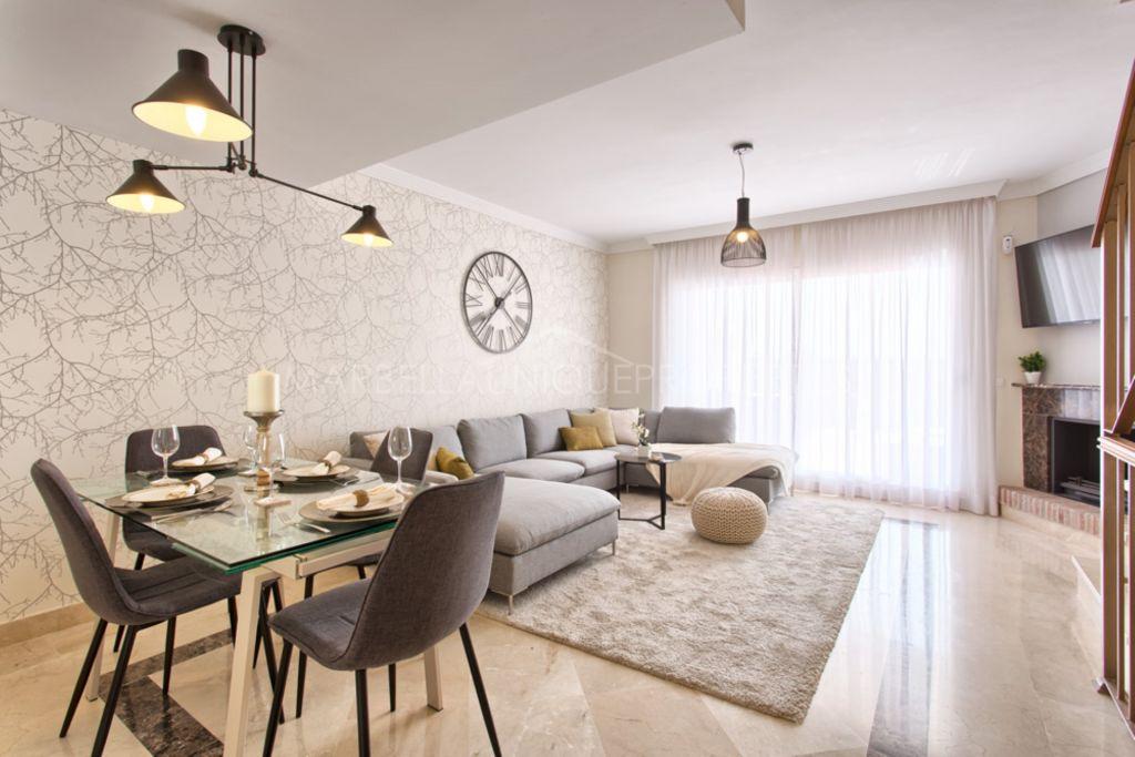Casa adosada de 3 dormitorios en El Paraiso, Estepona