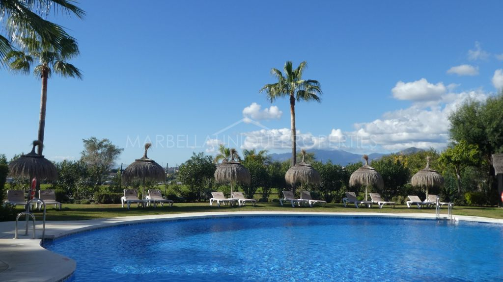 2 bedroom apartment in Magna Marbella with beautiful views