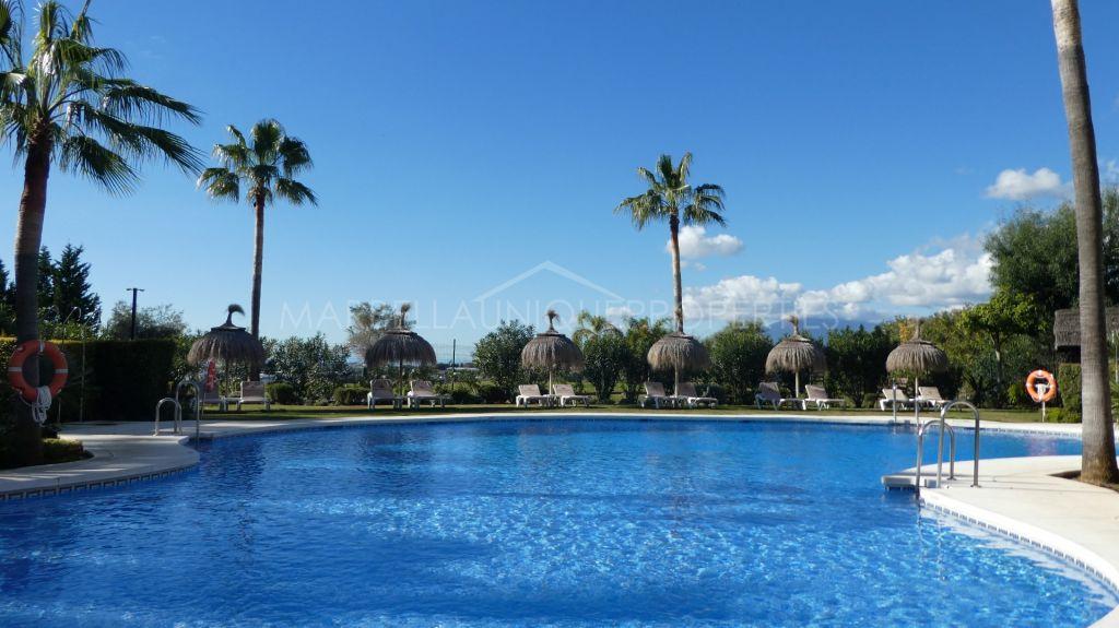 3 bedroom penthouse in Magna Marbella in Nueva Andalucía