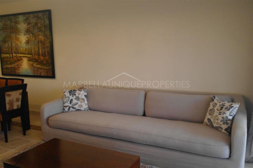 Splendid groundfloor apartment in Benatalaya
