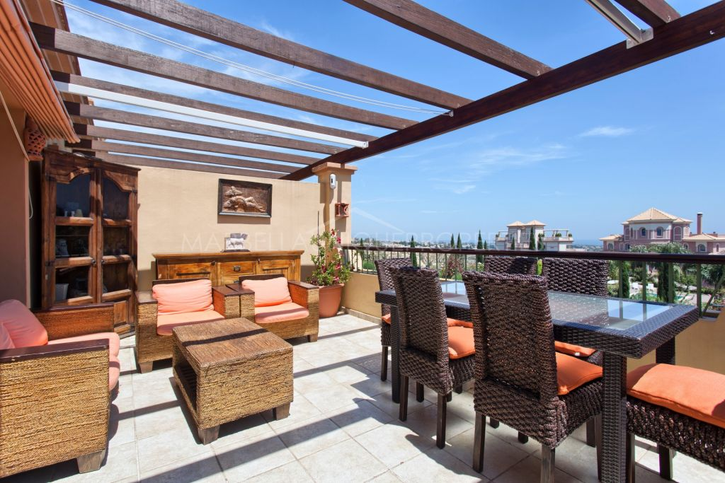 A spacious 3 bedroom duplex penthouse in Four Seasons, Los Flamingos Golf